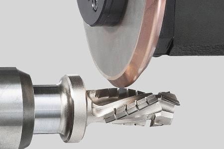 верещака а с работоспособность режущего инструмента с износостойкими покрытиями